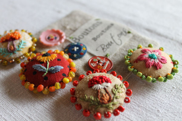 Facile Cecile exquisite hand embroidered buttons
