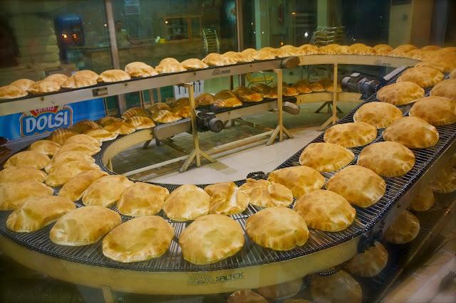 Lebanese bread image.