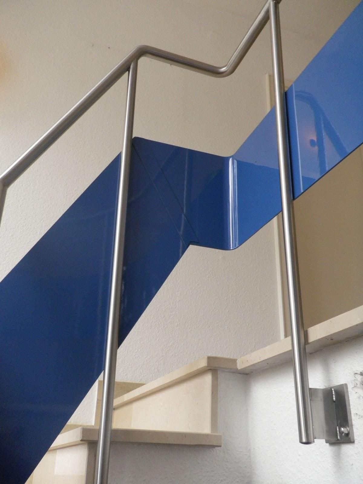 gel nder edelstahl wendeltreppe fr bel metallbau. Black Bedroom Furniture Sets. Home Design Ideas