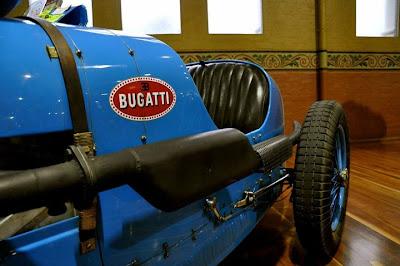 Moto modif bugatti