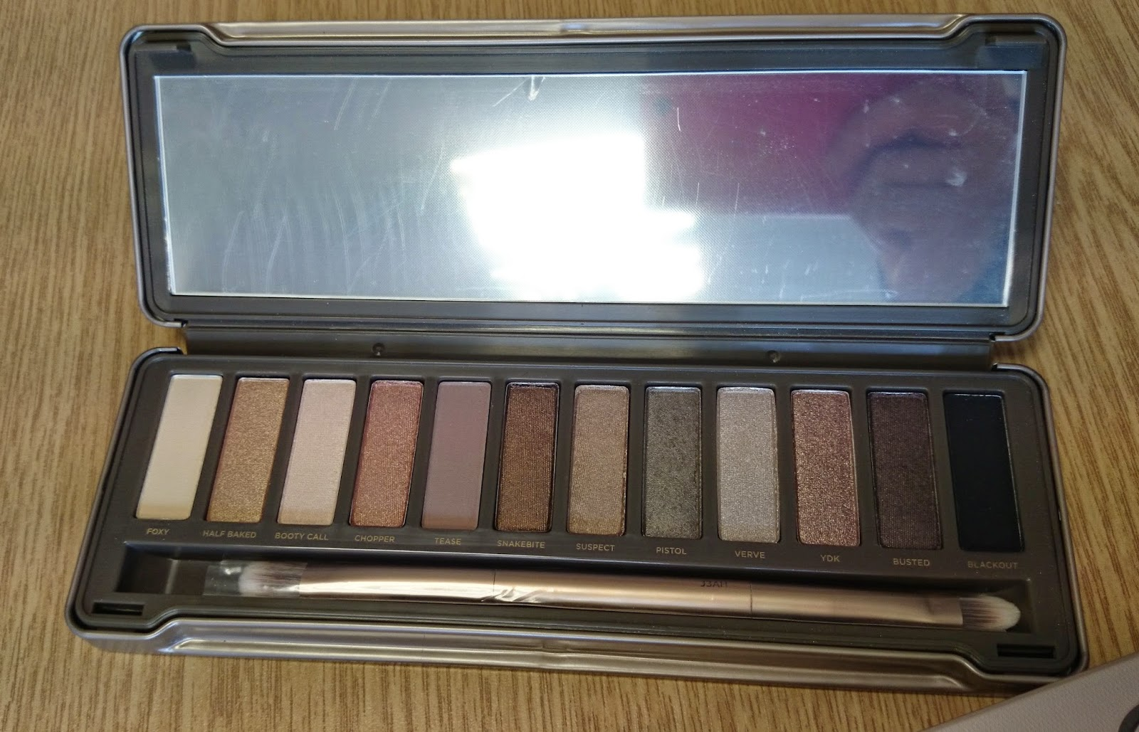 urban decay naked 2 palette eyeshadow eyeshadows brown gold bronze cream