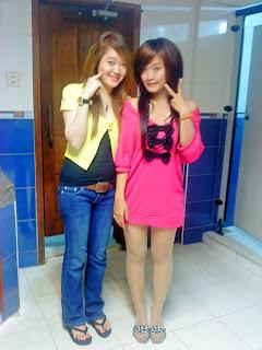 Khmer girl Coca Mini with short jean 8