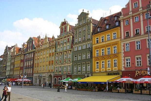 World's 10 most colorful cities - Wroclaw, Poland picture