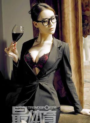 Foto seksi du shi wu model cina