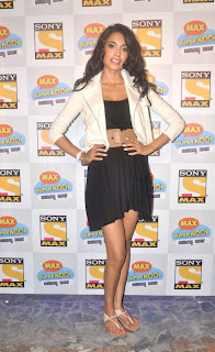 Sarah Jane Diaz Spicy Black Skirt Top White Jacket Stunning Beauty at Max Super Kool Comedy Night