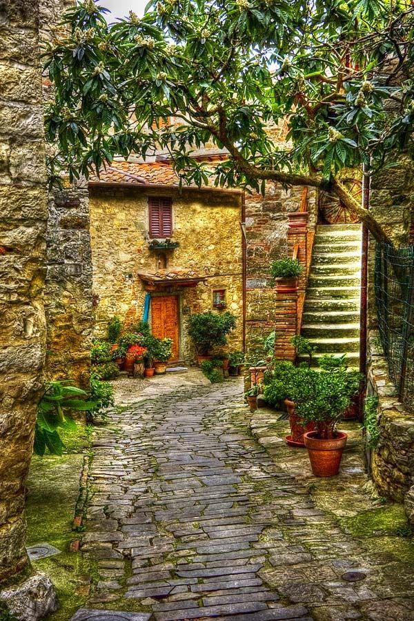 tuscany village wallpaper anghiari - photo #33