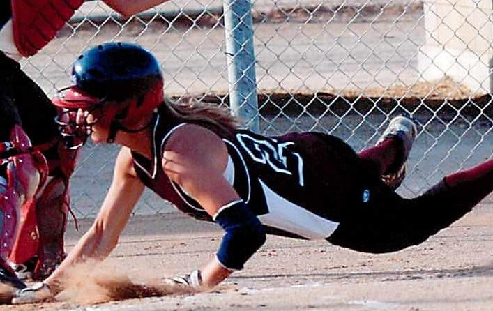 how to play first base in softball