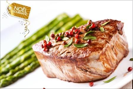 Viande au choix grillée au feu de bois avec garniture et dessert pour deux personnes à La Maison de l'Entrecôte à 29,90 euros à Saint Laurent du Var en face du port