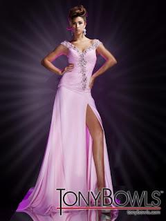 Tony Bowls 2012 gece Kıyafetleri
