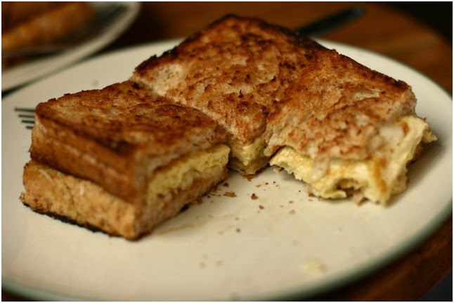 kuliner roti bakar bandung