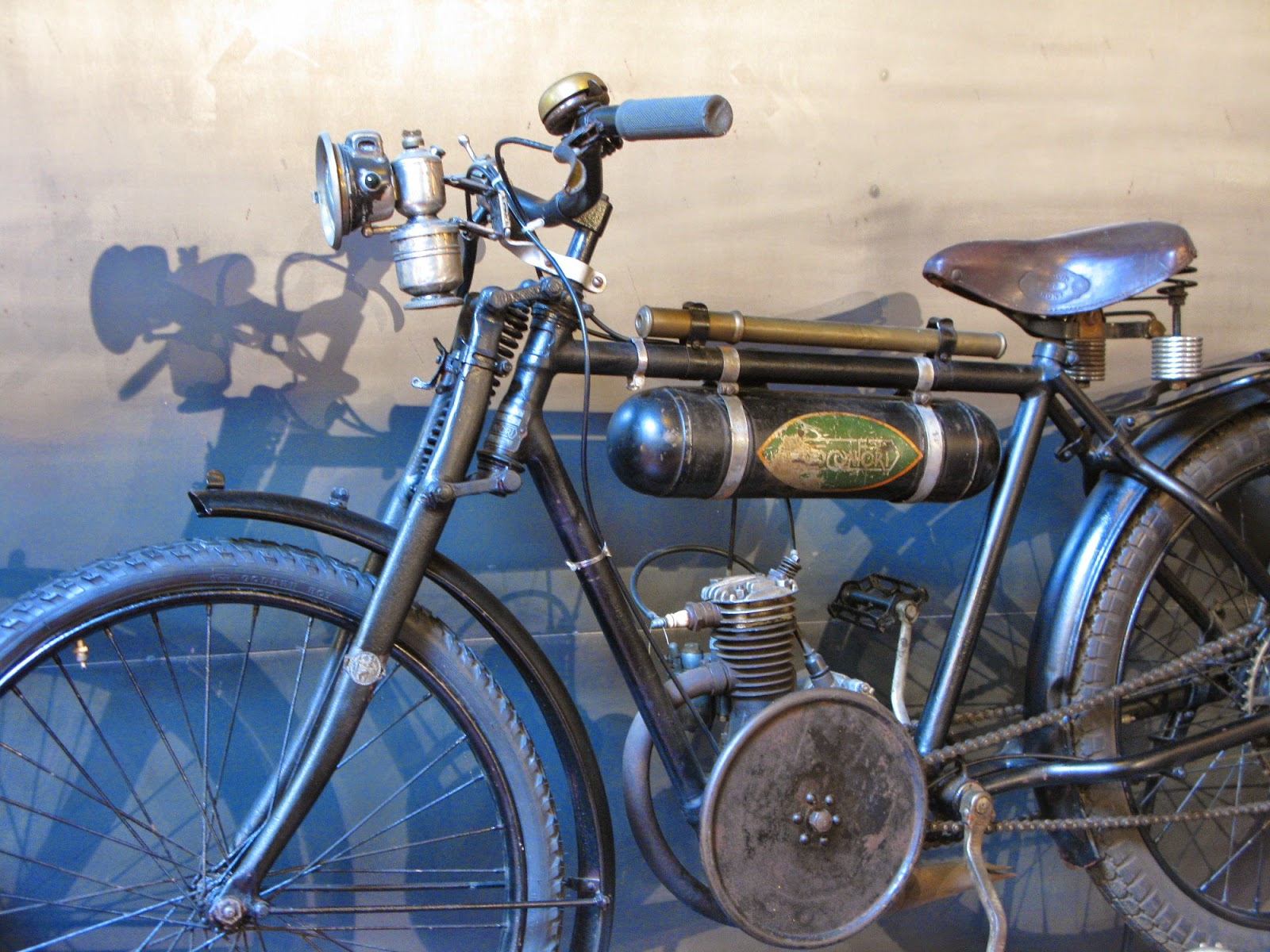 Unrestored twenties Motoconfort