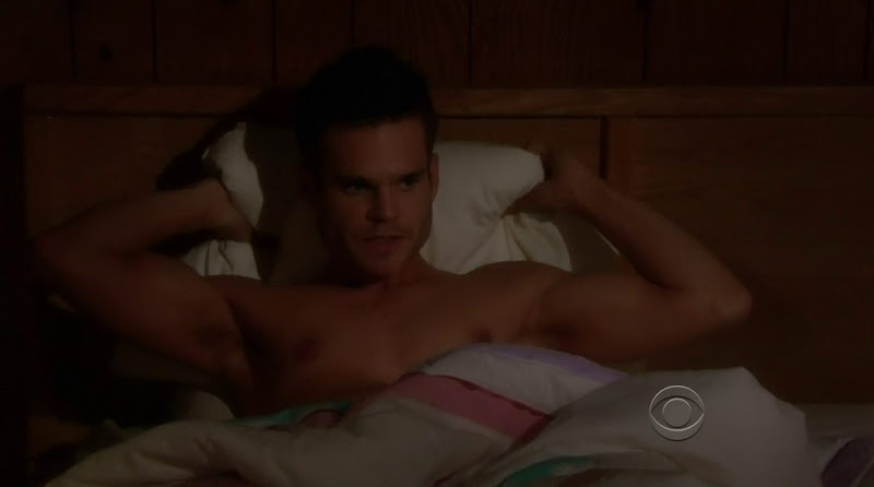 Greg Rikaart Shirtless in Young and the Restless 20111226