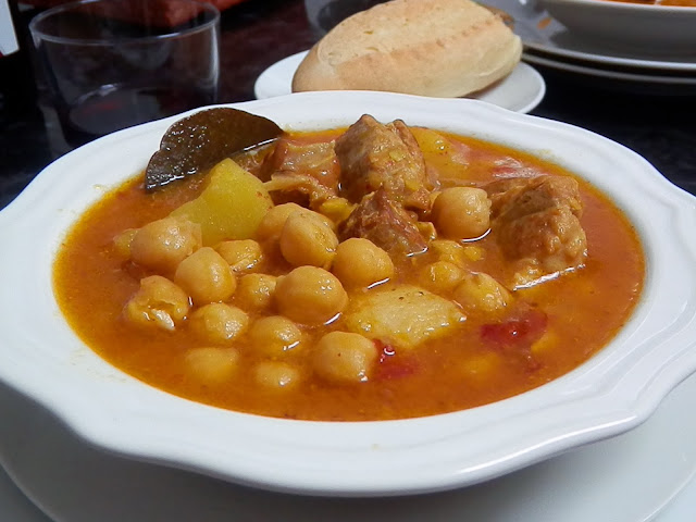 La cocina de puri pastor guiso de costilla con garbanzos - Garbanzos con costillas ...