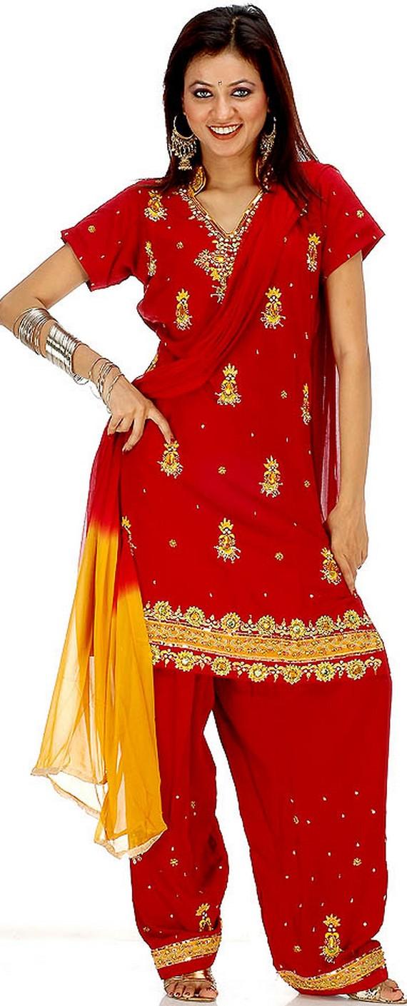 Feshion World Pakistani Designer Clothes