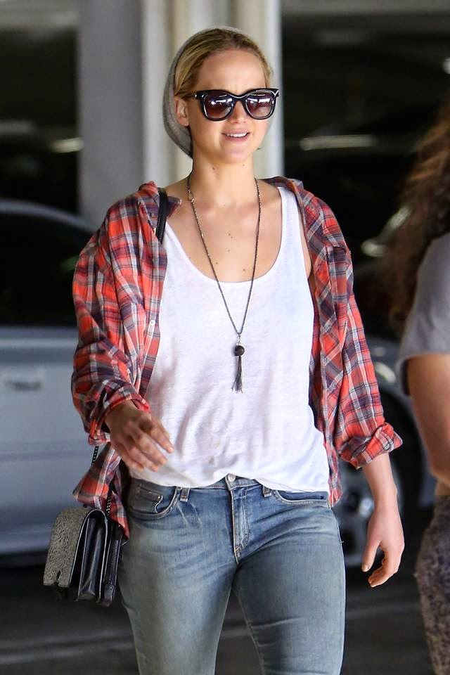 Jennifer Lawrence in Jeans, Out and About in Los Angeles