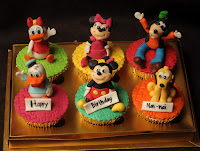 Mickey Minnie Goofy Pluto Daisy and Donald cupcake class