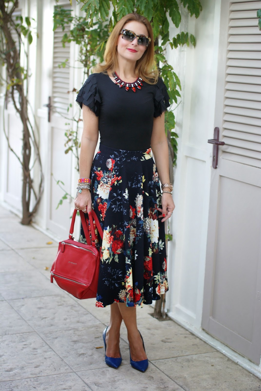 Fall floral midi skirt, Asos midi skirt, red Givenchy Pandora, Sergio Levantesi heels, Fashion and Cookies, fashion blogger