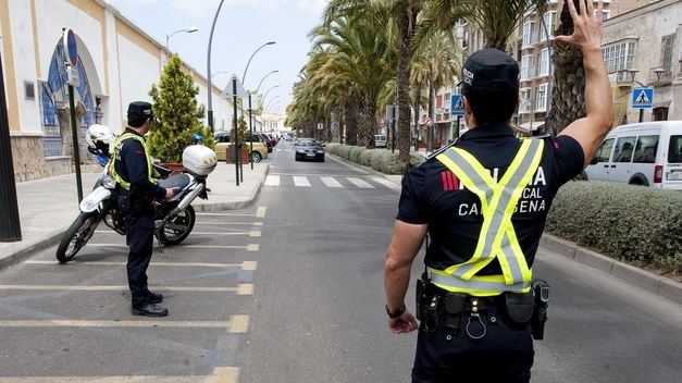local negro desprotegido en Cartagena