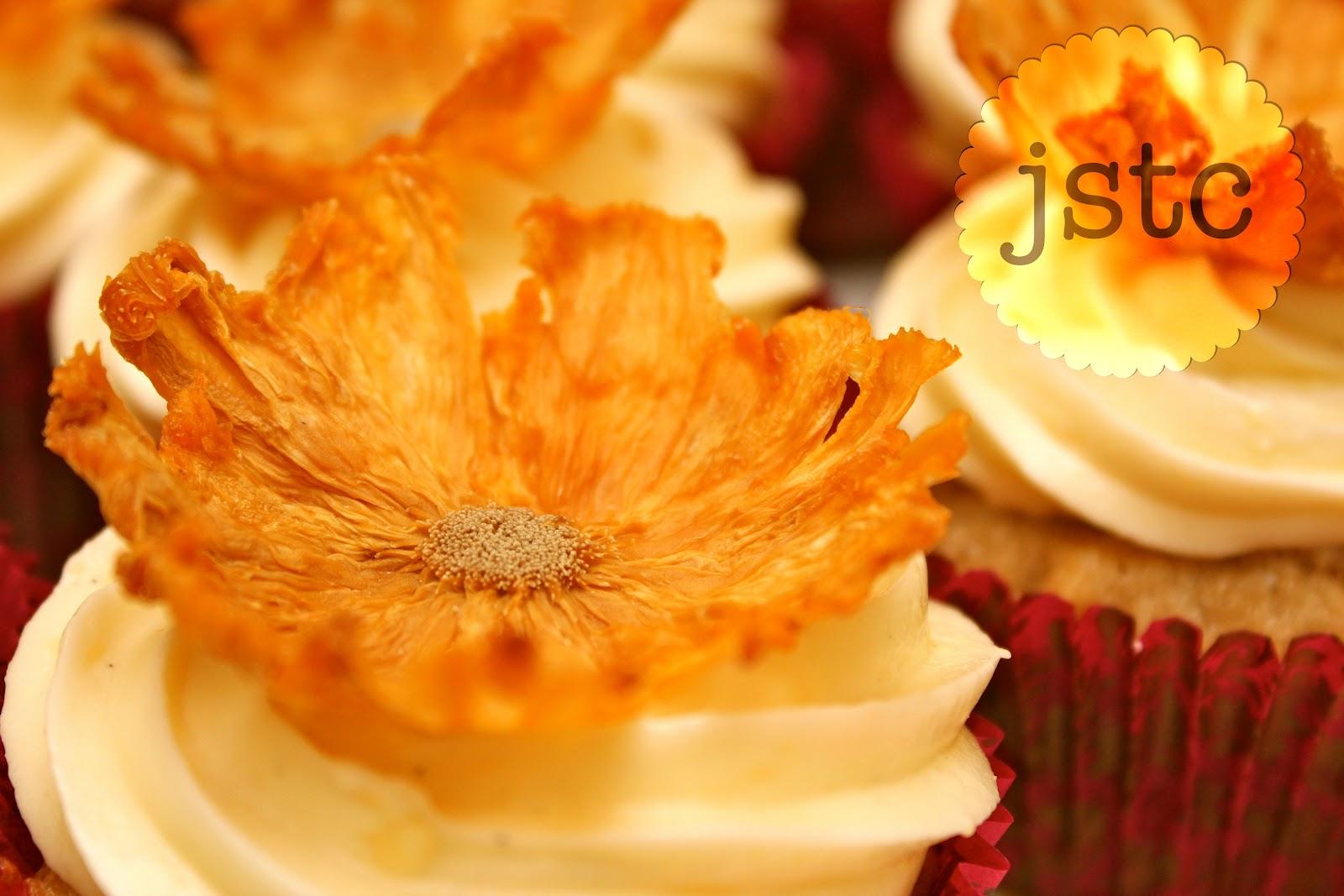 Jemma's Sweet Treat Catering: Dried Pineapple Flowers