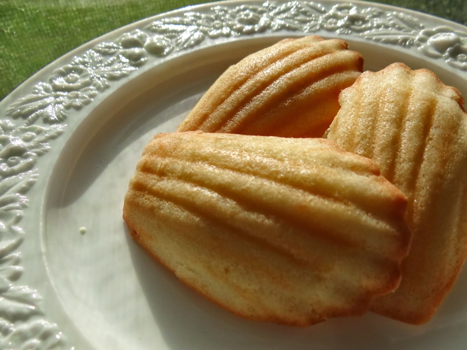 Madeleines Recipe #FoodieFriday #100FootJourneyEvent