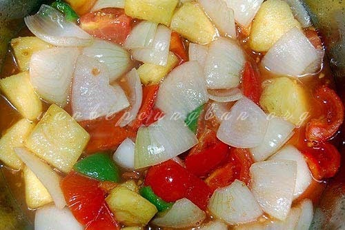 Món gà xào chua ngọt rau củ đổi món ăn là ghiền4