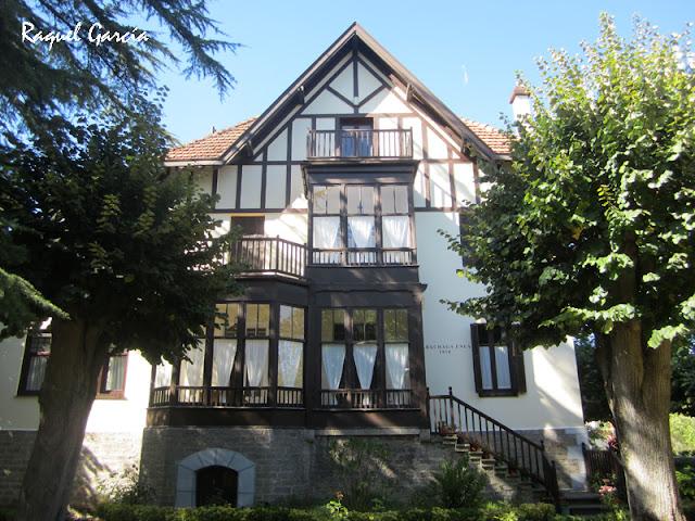 Villa Maria Dolores o Sarachaga Enea, arquitecto Manuel María de Smith, estilo Old English (Orduña)