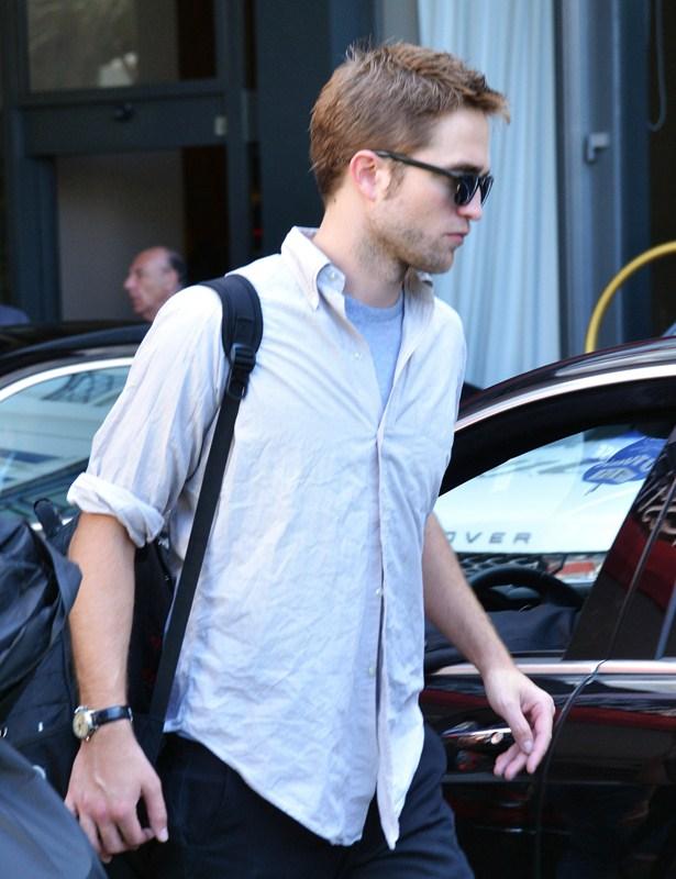 Robert Pattinson dating nå 2015