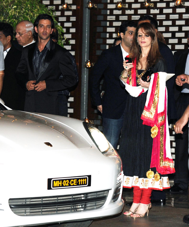 Suzanne Roshan in anarkali suit - Hrithik Roshan and Suzanne Roshan at Ambani Party For Sachin Tendulkar