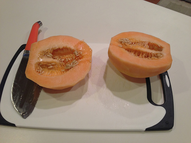 Slice Melon in Half