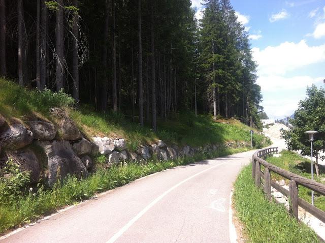 Alto Adige Sud Tirol pista ciclabile val Pusteria Brunico Bolzano Giro Libero bici bicicletta