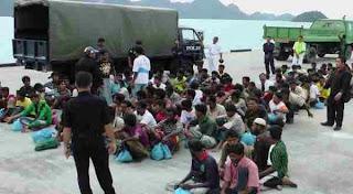 Muslim Rohingya Dan Polisi Thailand Bentrok Karna Di Larang Shalat Ied