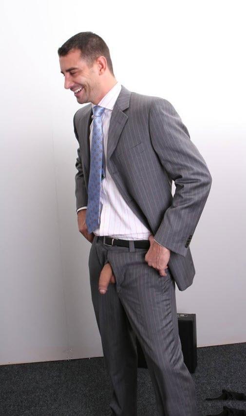 http://3.bp.blogspot.com/-lyQ_JLrvsLM/TpwQLFBE2OI/AAAAAAAAkl4/reGmMqRlJa0/s1600/Suit.jpg