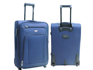 [Image: Futurebazaar+trolley+and+luggage+bags+blue.jpg]
