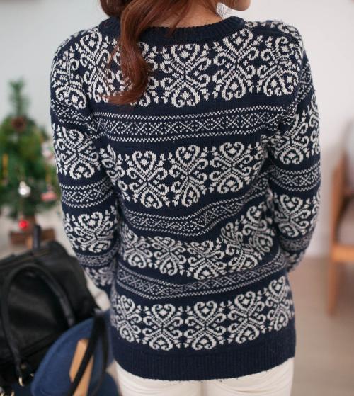 Brocade Motif Knit Sweater