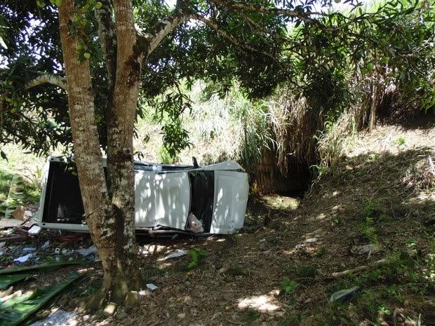 Acidente envolveu veículo da Ceplac no interior da Bahia, na manhã desta sexta-feira (Foto: Giro em Ipiaú)