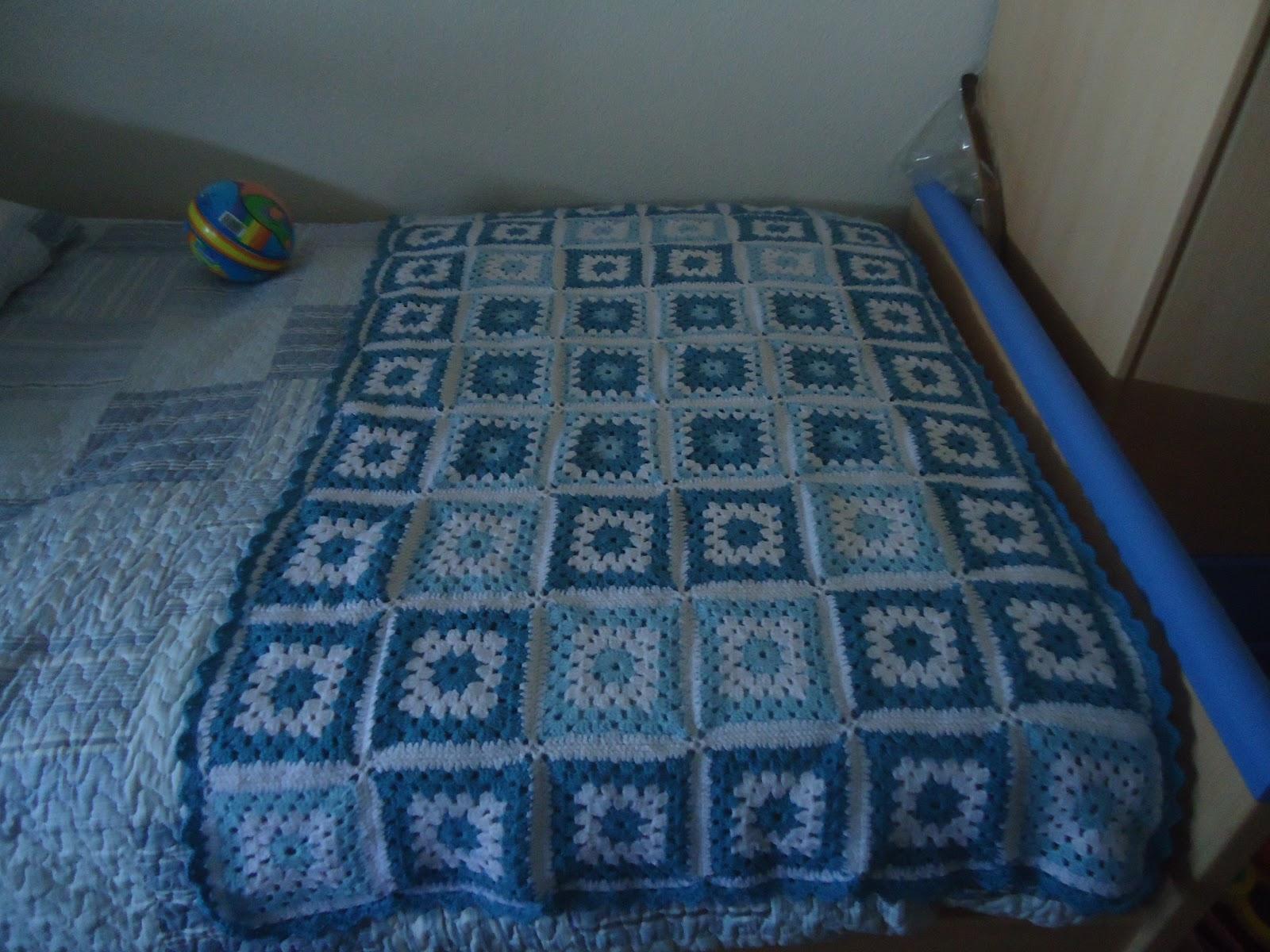 Lo mejor de las manualidades cubre pies de crochet for Cubrepies de cama