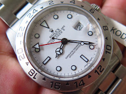 ROLEX EXPLORER II WHITE POLAR DIAL 40mm - ROLEX 16570 SERIE A YEAR 2000 - AUTOMATIC CAL 3185-MINTS