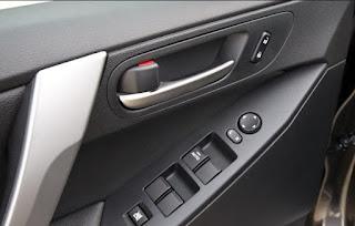 Tips Mudah Merawat Pintu Mobil