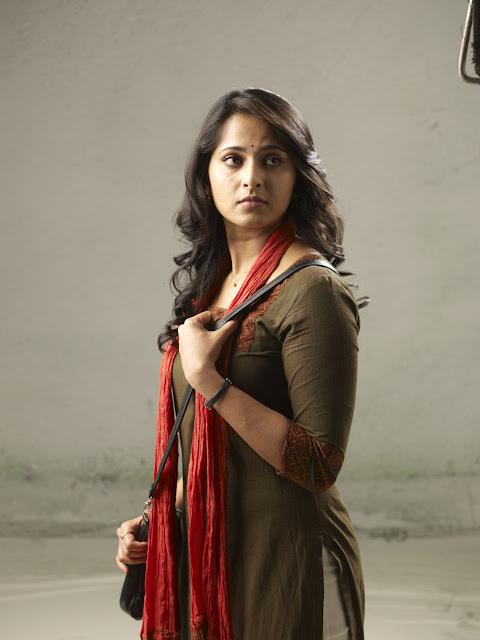 அனுஷாவின் தெய்வதிருமகன் திரைப்படத்தின் ,படங்கள்! Anusha+In+Theivathirumakan+Movie+Stills+%25286%2529
