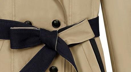Abrigo Cuello V, Doble Botonadura, Detalles en Puños, Bolsillos y Hombros