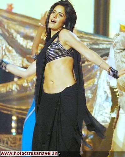Katrina Kaif Navel Show In Saree