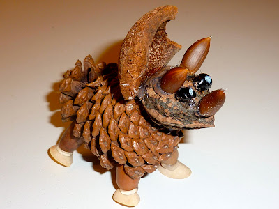 natural and recycling pine cone animals