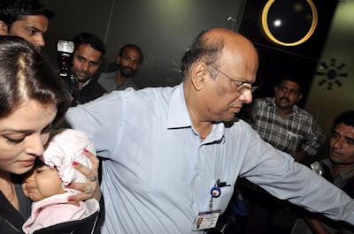 Abhishek and Ashwarya's daughter Aaradhya First Exclusive Photos