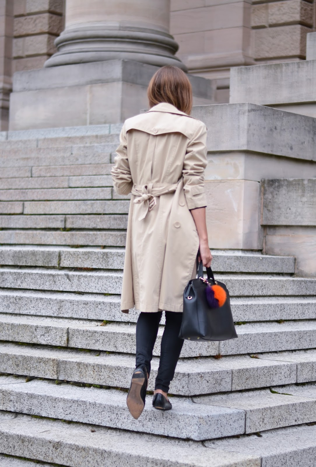kristjaana mere beige trench coat chic street style