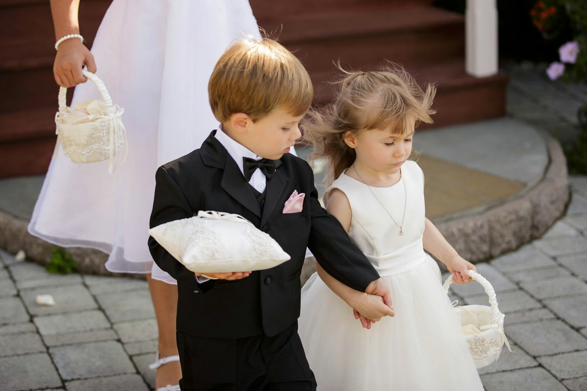 Children at a wedding are so very cute - Kent Buttars, Seattle Wedding Officiant