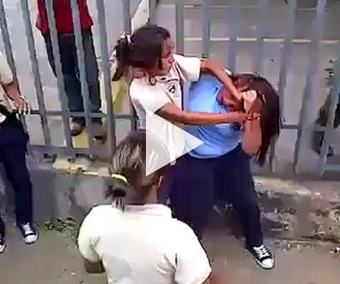 Briga entre escolas rivais