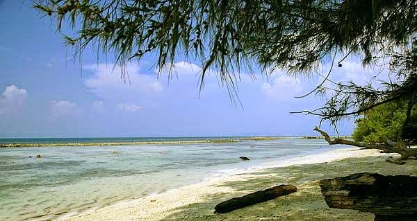 Manfaat wisata di pantai.