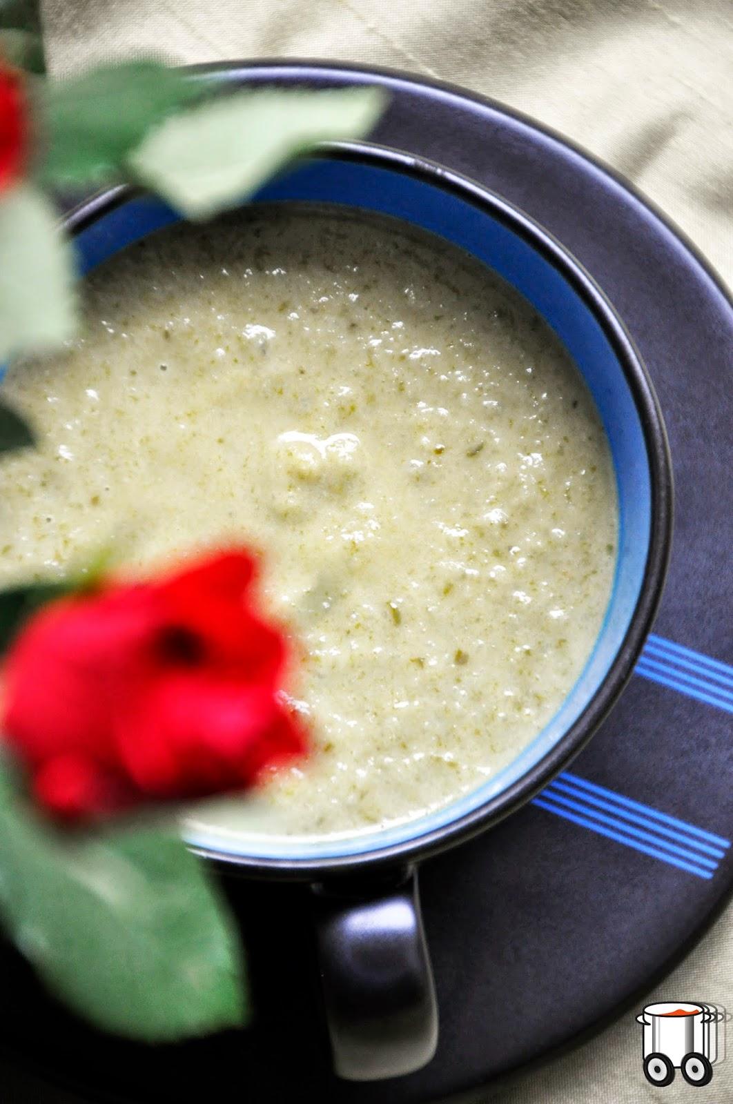 Szybko Tanio Smacznie - Przepyszna zupa z kalarepy i szpinaku
