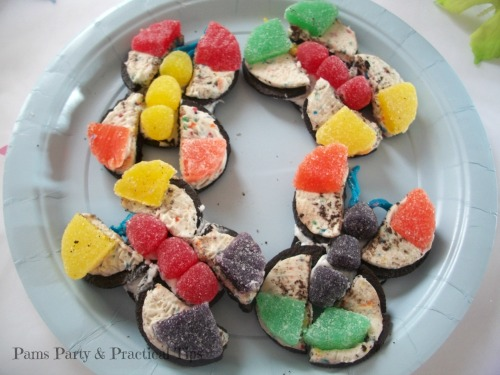 Butterfly themed Oreo cookies