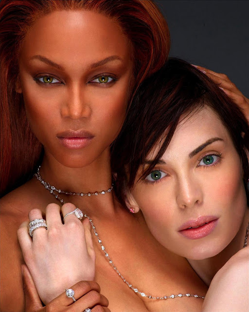 Tyra Banks Antm: Model Clicker: America's Next Top Model Cycle 2 Finale